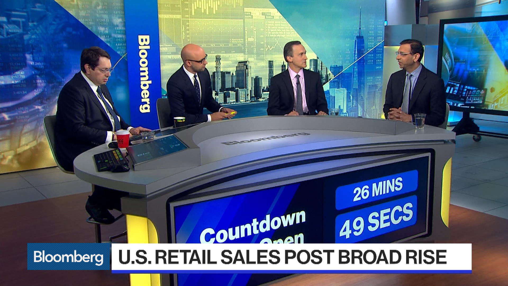 Will Strong Retail Sales Change the Picture for the Fed?