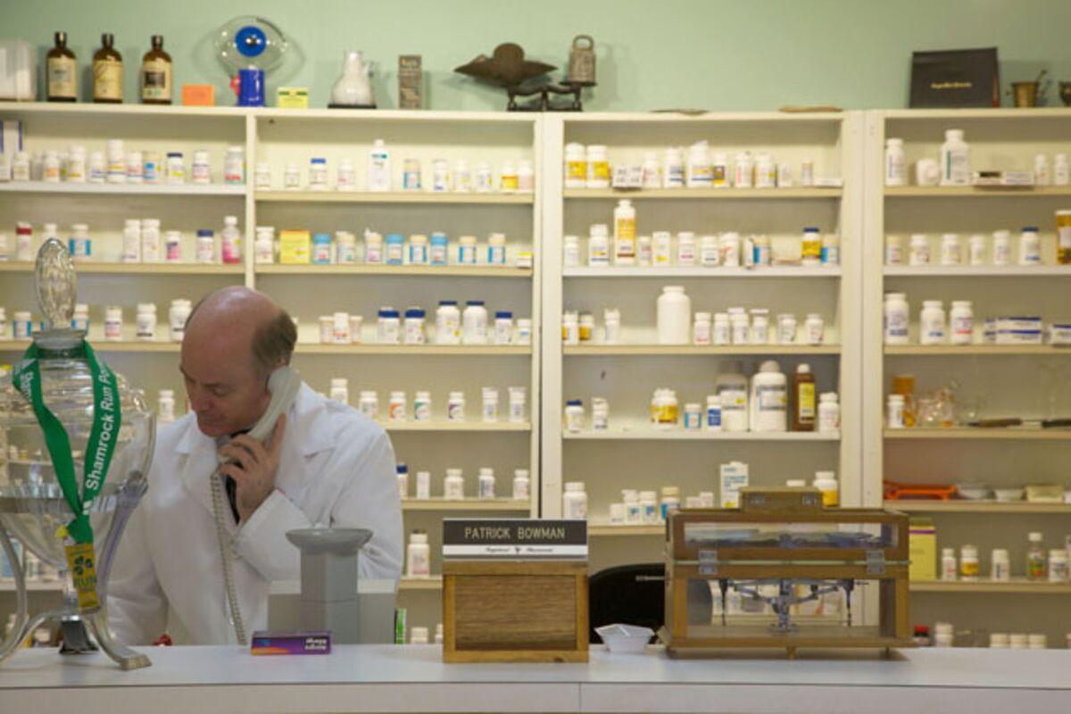 Express Scripts Pharmacy Help Desk Ayresmarcus Ins Sue Over Medco Merger Bloomberg