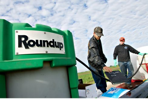 Monsanto Earnings Top Estimates After Weedkiller Price Increases