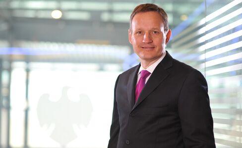 Barclays New CEO May Pocket 31% Less Than 'Unacceptable' Diamond