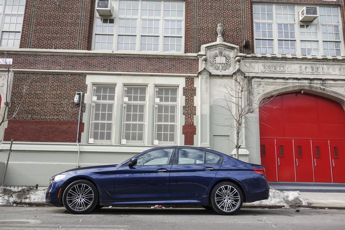 2017 BMW 5 Series Review: Perfect Details You Didn't Even