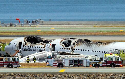 Asiana Crash Survivors Plead for Ambulances for Hurt Passengers