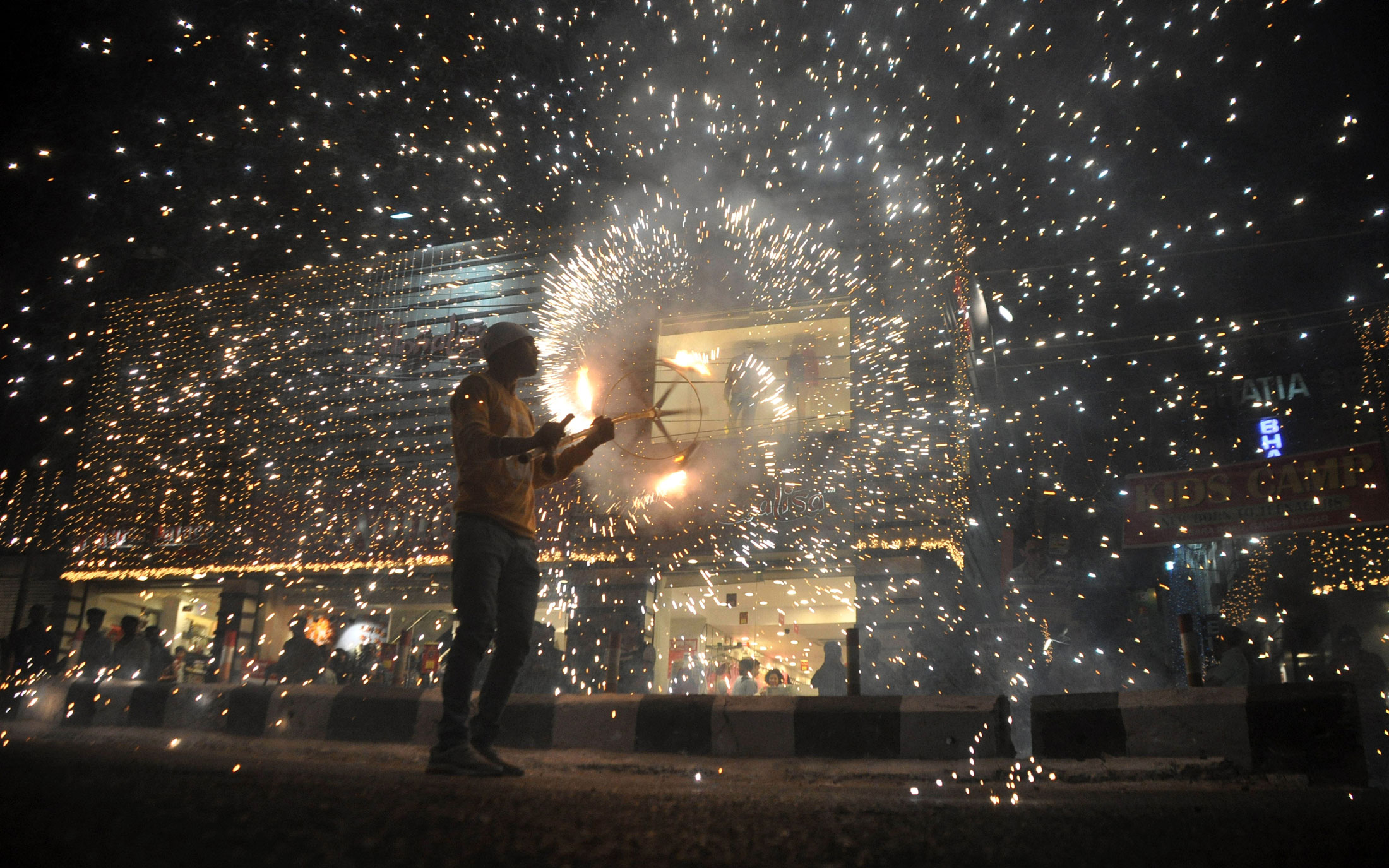 myth money and majesty inside india s festival of lights