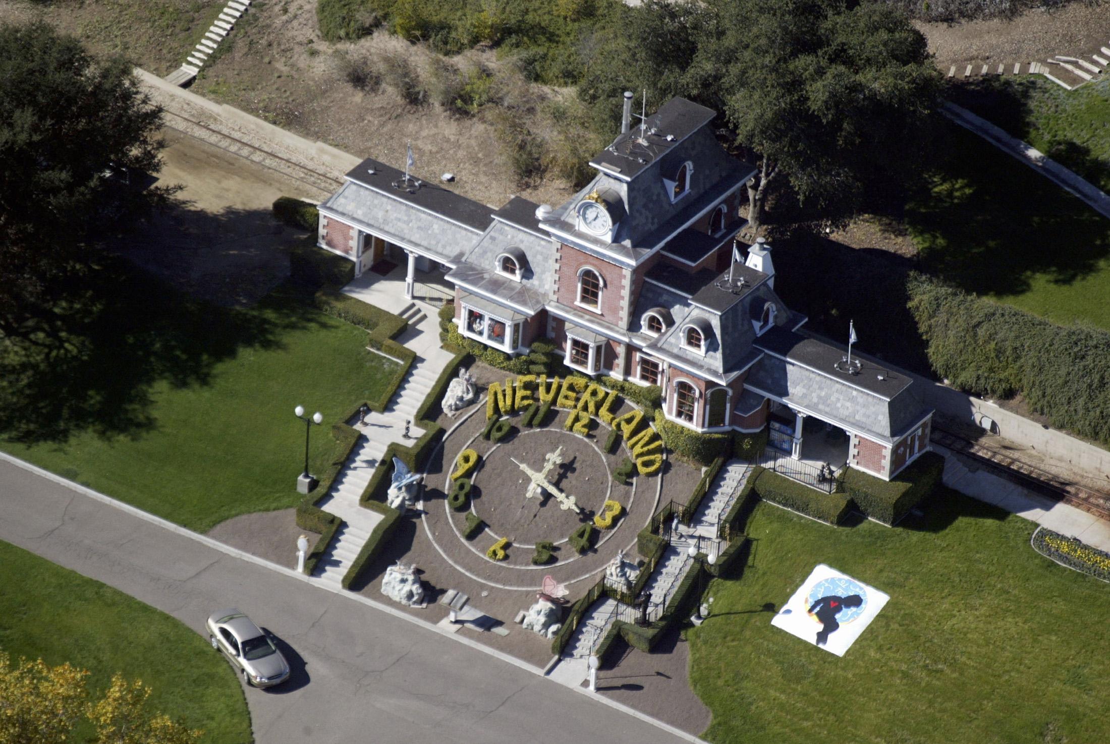 Michael Jackson Estate May Avoid Penalties in IRS Dispute - Bloomberg