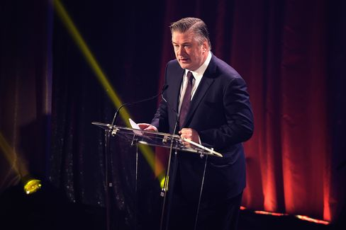Alec Baldwin stumping for the arts