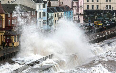 Storms Wash U.K. Rail Line Into Sea, Cutting Off Western England