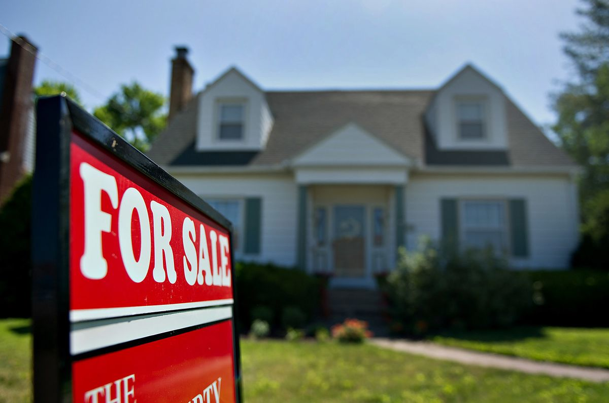 U.S. Pending Home Sales Decline Unexpectedly on Lean Inventory