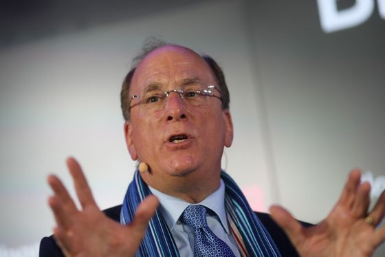 BlackRock's Fink Urges World Bank, IMF Overhaul for Green Era