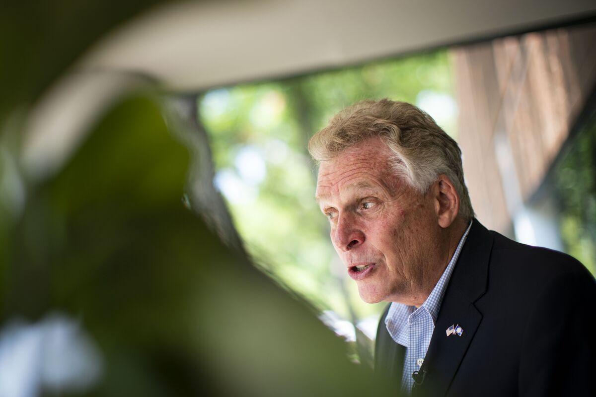 McAuliffe Says 'Unpopular' Biden Is a Drag on Virginia Race thumbnail