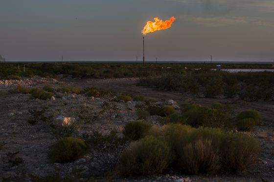 Texas Regulator Readies First Flaring Report Amid Backlash