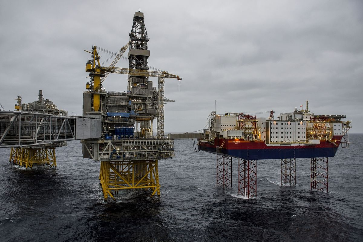 Norway's Oil Habit at Stake in Election About Climate Change - Bloomberg