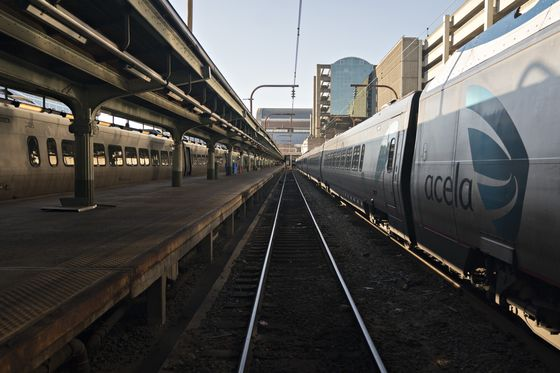 Amtrak's New York-to-D.C. Fixes Leave Biggest Worries Unresolved