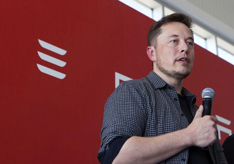 Recorrido por la Gigafactory de Tesla Motors Inc. con comentarios del Director Ejecutivo Elon Musk y el cofundador Jeffrey Straubel
