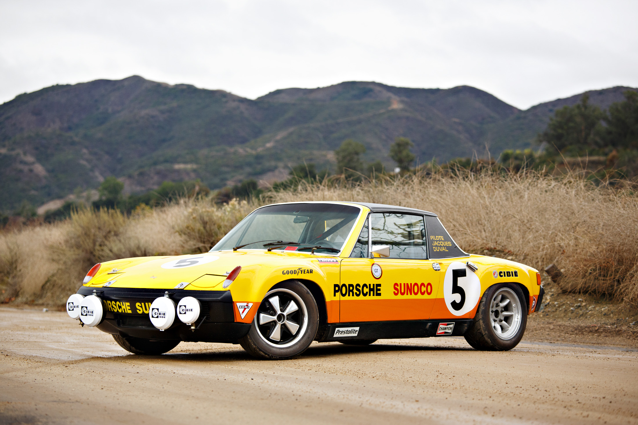The Underloved Porsche 914 Could Be The Next Big Classic Car Bloomberg