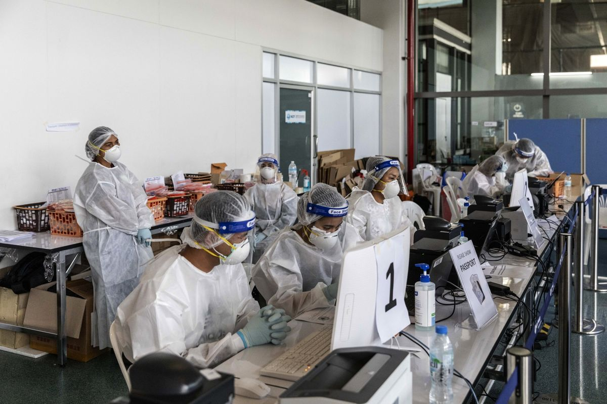 Global Infections Accelerate; Tokyo Cases Jump: Virus Update