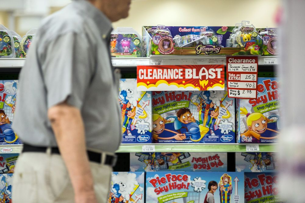 Toys R Us Nearly Had A Way To Save Itself And 800 Stores Bloomberg