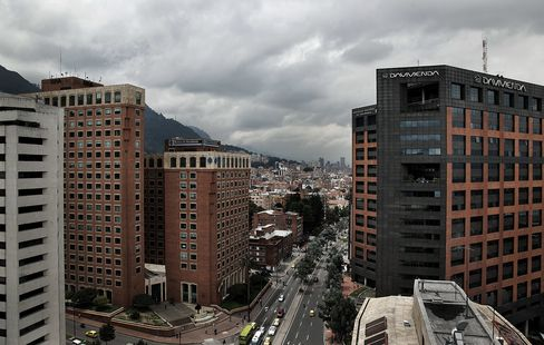 Colombian Copycat Banks Eclipse 13 Years of Bond Offerings