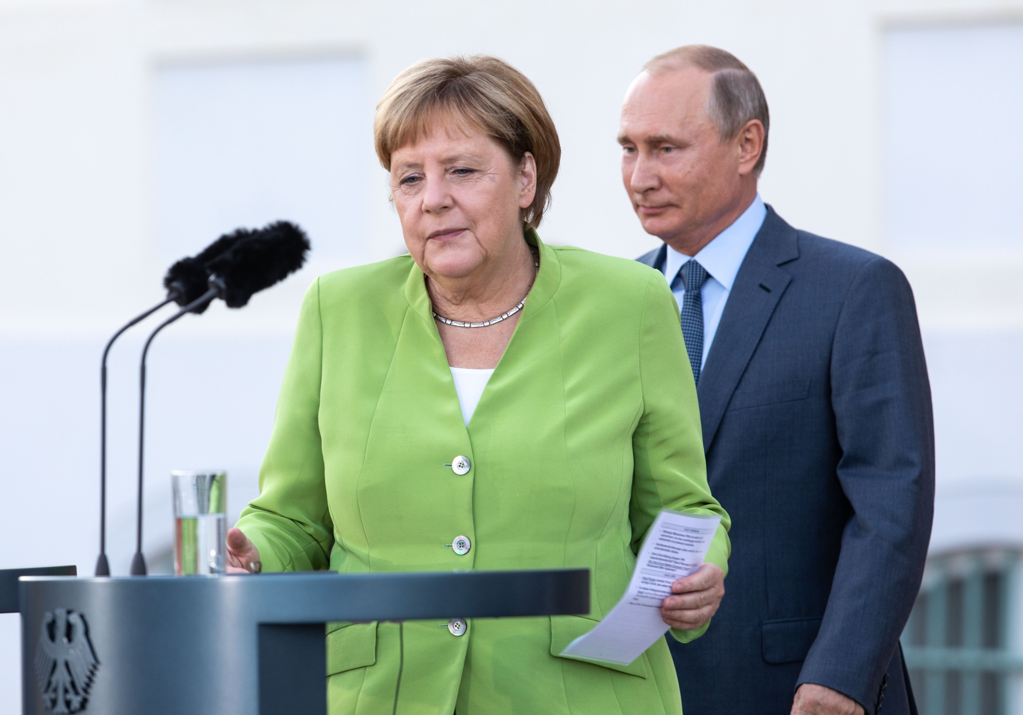 Russian Spy Scandal Germany Really Doesn't Want - Bloomberg