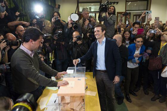 Spain's Comeback King Writes EU Playbook for Populist Battle
