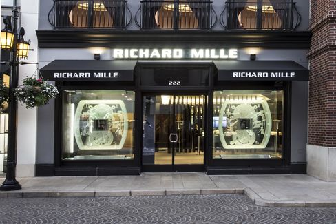 Been itching for some hands-on time with one of Richard Mille's work? Simply pop your head into their boutique at the foot of Rodeo Drive.