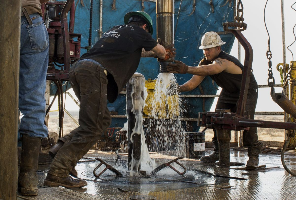 Oil World Turns Upside Down as U.S. Sells Oil in Middle East