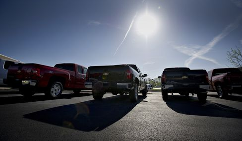 Most Sales Since '07 Shadowed by GM Unsold Truck Inventory