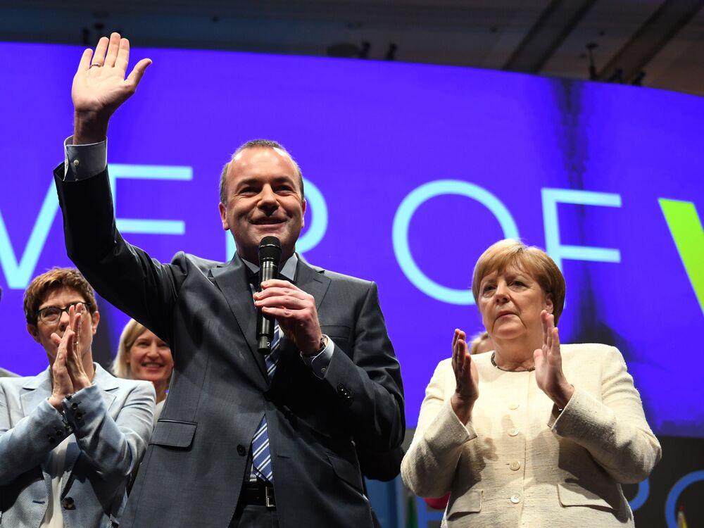 Angela Merkel's EU Candidate to Replace Juncker Is Struggling