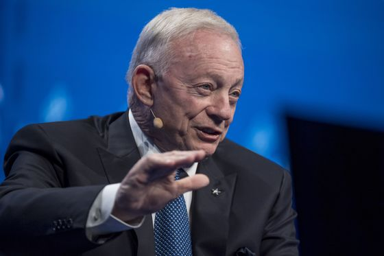 Jerry Jones-Owned Gas Driller Hits 'Jackpot' on Price Surge