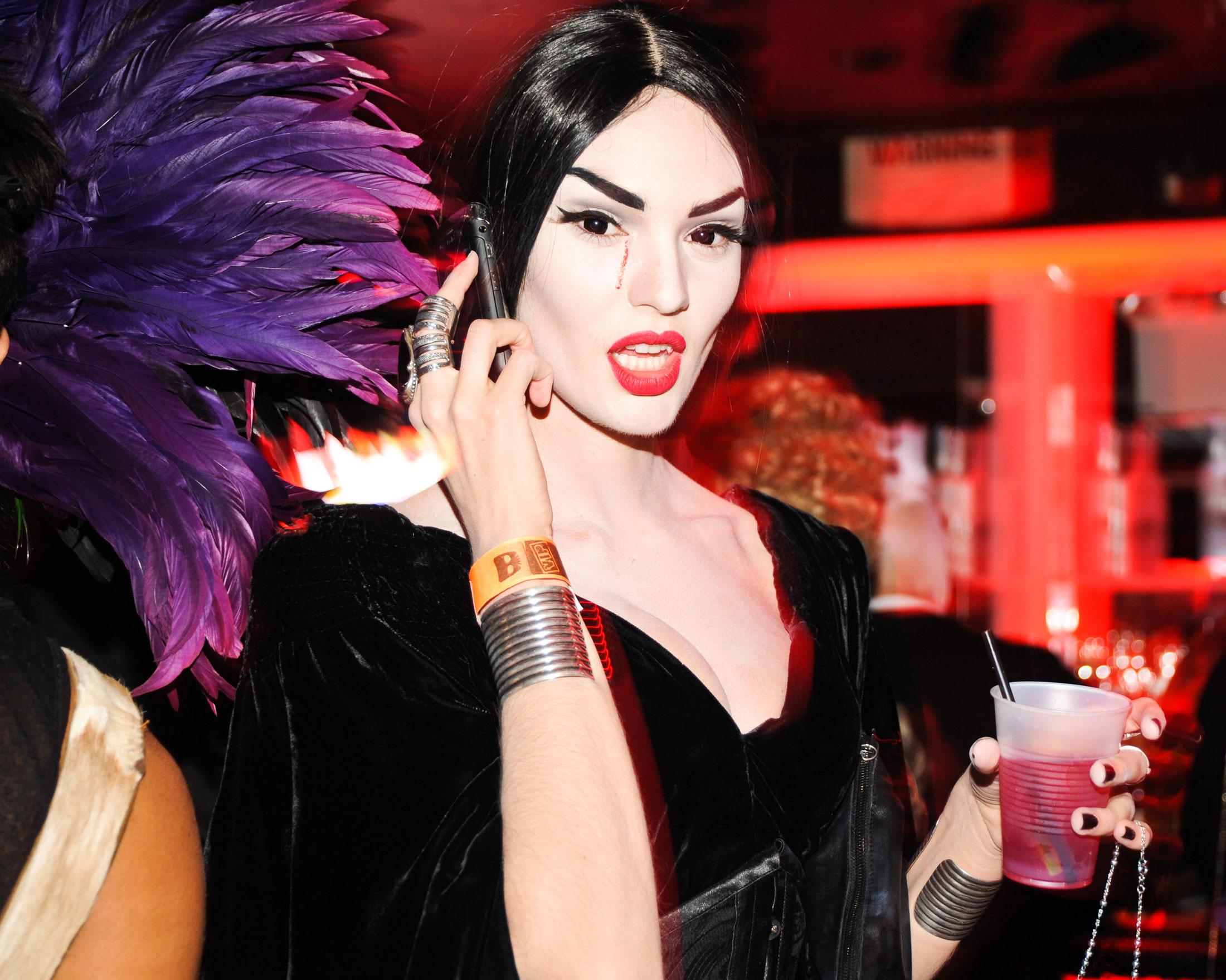 Even Vampires Need iPhones