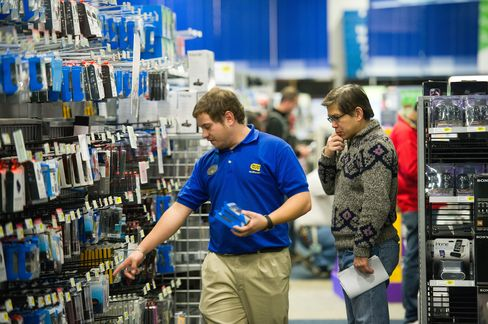 Best Buy Moves 2,000 U.S. Loss-Prevention Workers to Sales