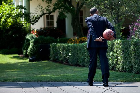 NBA Players Shower Obama with Money???While the NFL Writes Checks to the GOP