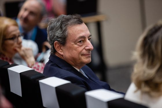 Sewing to Draghi Want Bank Union to Accelerate as Rivals Swarm