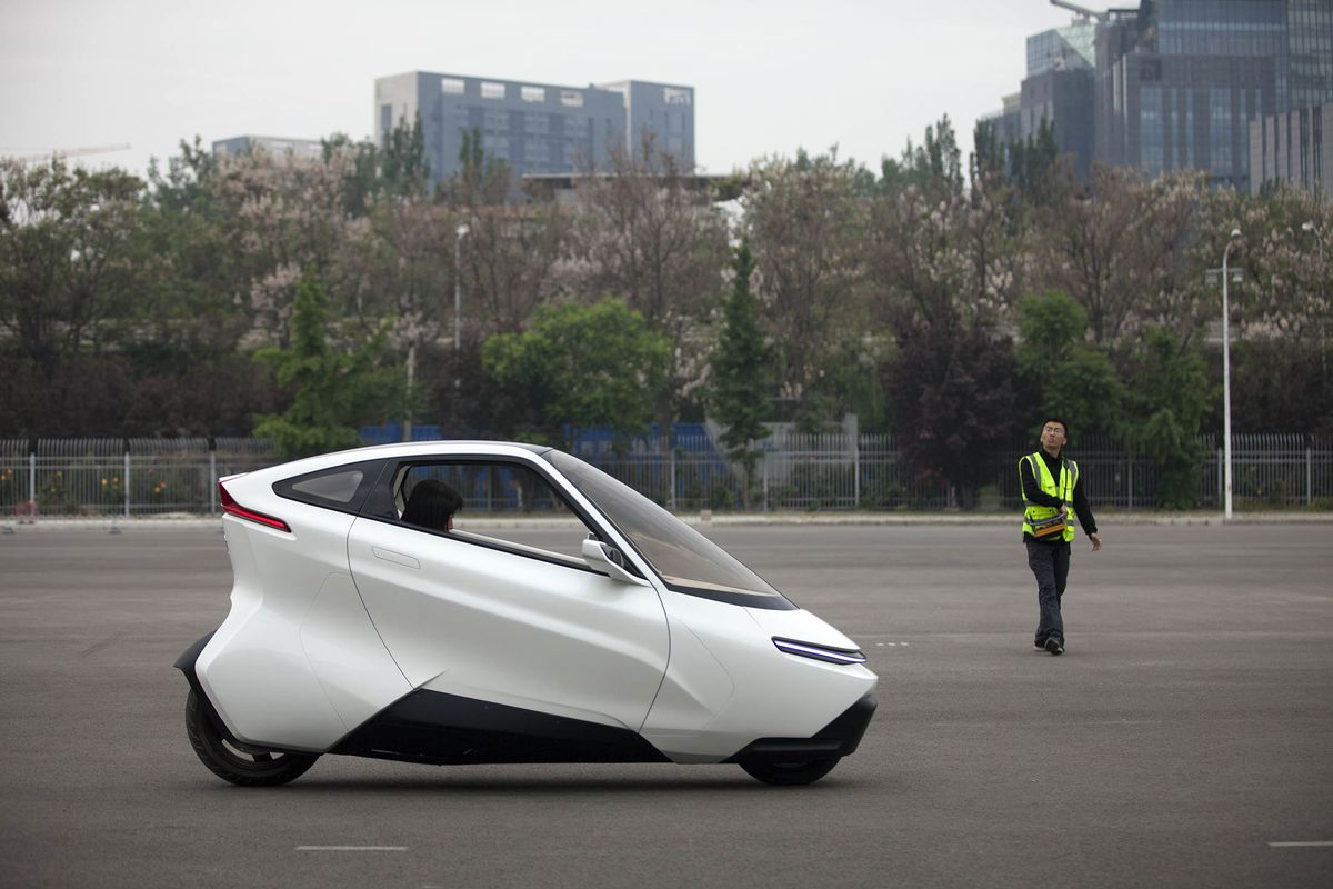 Beijing Lingyun Zhineng Technology Co Founder Zhu Interview And Test Drive Of Electric