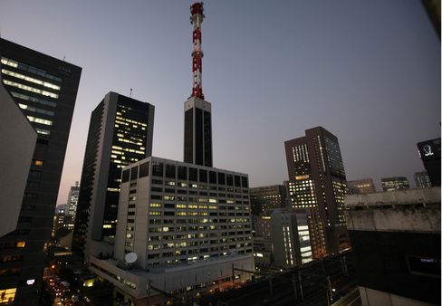 Japan Starts Bailout of Tepco