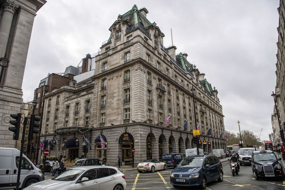 London's Ritz Sold to Wife of Former Qatari Emir, Mail Reports