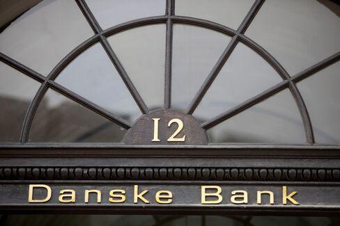 Danske to Sell $1.2 Billion in Shares as 3,000 Jobs Get Cut