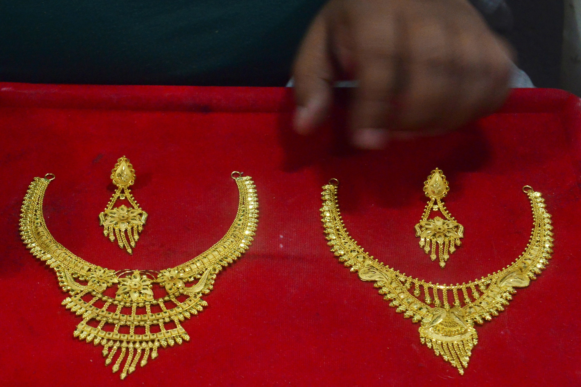 Gold imports had risen in July and August as jewelers readied stocks ahead of festivals.