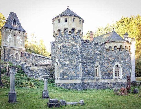 €270,000: Fortress Kunzov, built in 1907.