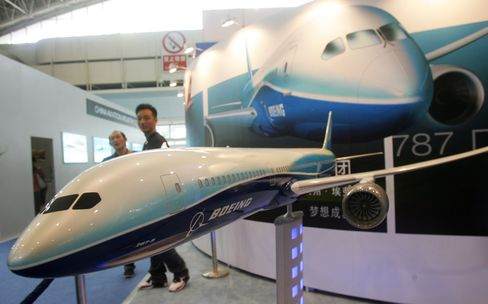 American Says First Boeing 787-9 Dreamliner Delayed Beyond 2014
