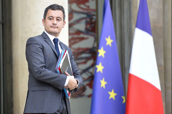 France's Macron to Crack Down on Executives Avoiding Taxes