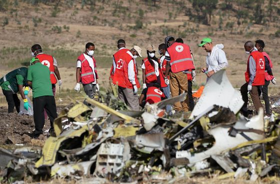 U.S. Doubles Down on 737 Max Safety as Other Nations Ground Jet