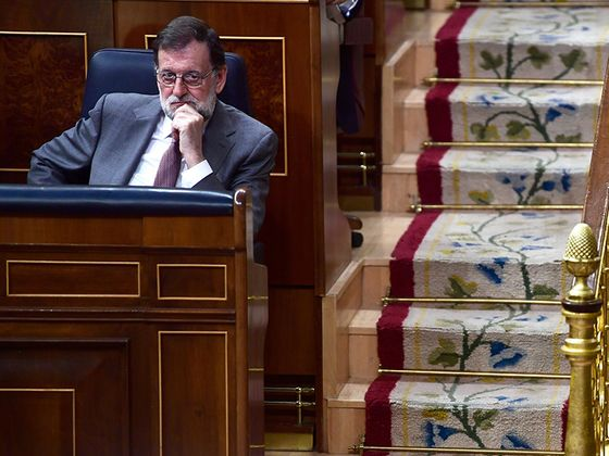 Spain Opposition Seen Close to Get Votes to Topple Rajoy