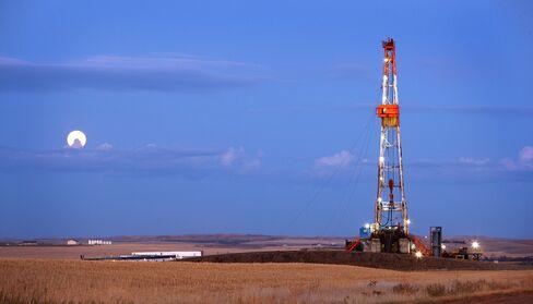 An Oil Rig Stands on the Bakken Formation in North Dakota