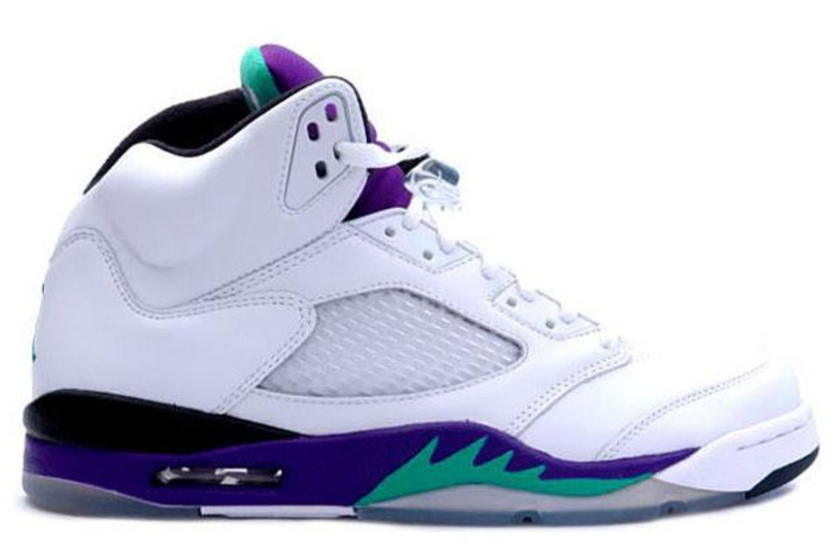 cb281894ccdd4c The 25 Best-Selling Air Jordans - Bloomberg