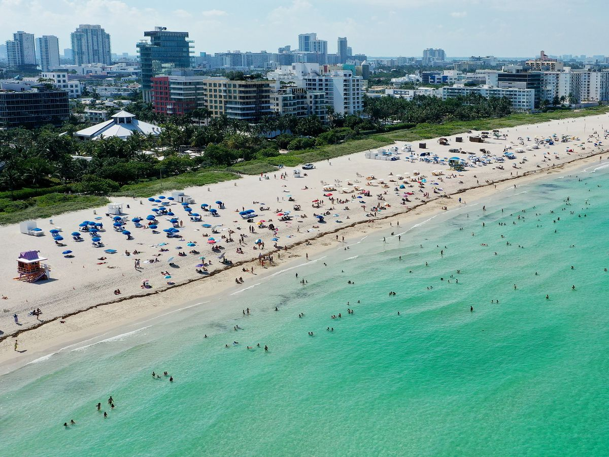 bloomberg.com - Steve Geimann - Florida's Virus Cases Jump by Record for Single Day