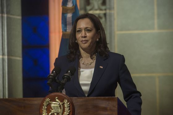 Harris Finds Political Risk on Migration-Diplomacy Tour