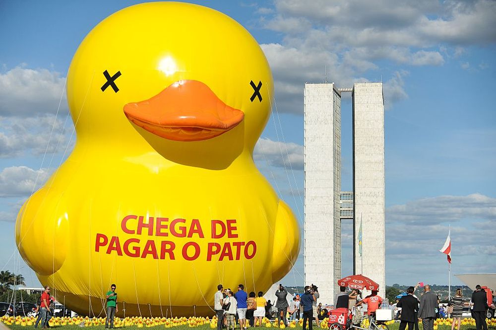 The Yellow Rubber Duck Is a Potent Protest Symbol - Bloomberg