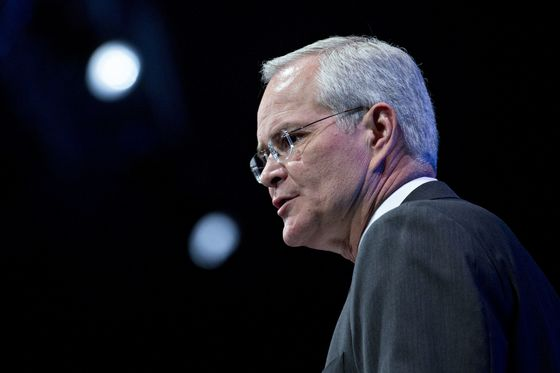 Exxon CEO Sees Laboratory Experiment Unlocking Key to Carbon
