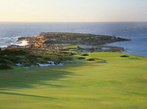 Golf Around World for $74,450 Sells Out Amid Luxury Travel Boom