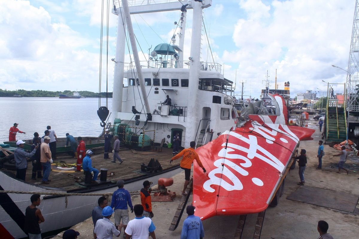 AirAsia Found to Have Crashed on Rudder Fault, Crew